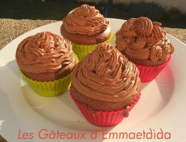 Cupcakes : recettes et décors simples Cupcakes-003-2-ab3a07