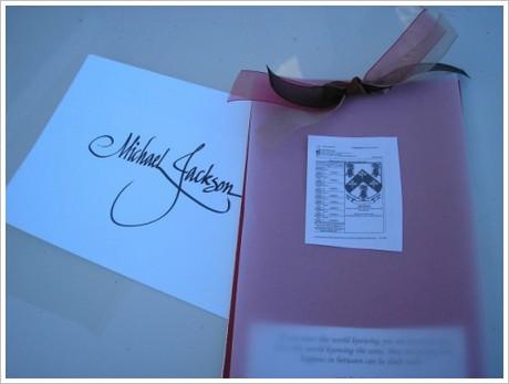 L'histoire de l'invitation réalisée pour les funérailles de Michael Jackson Invitation-karen-jewell-3-12f3d64